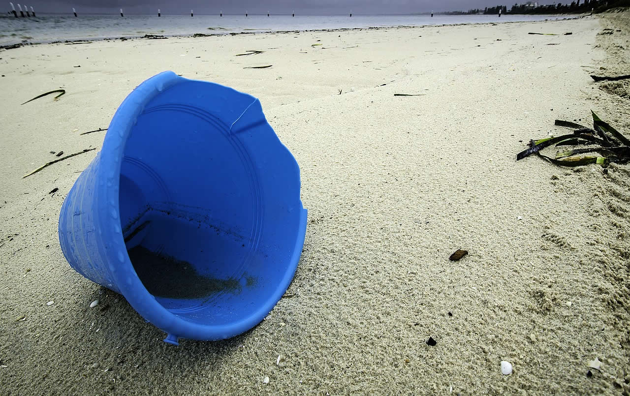 Plastic rubbish pollution