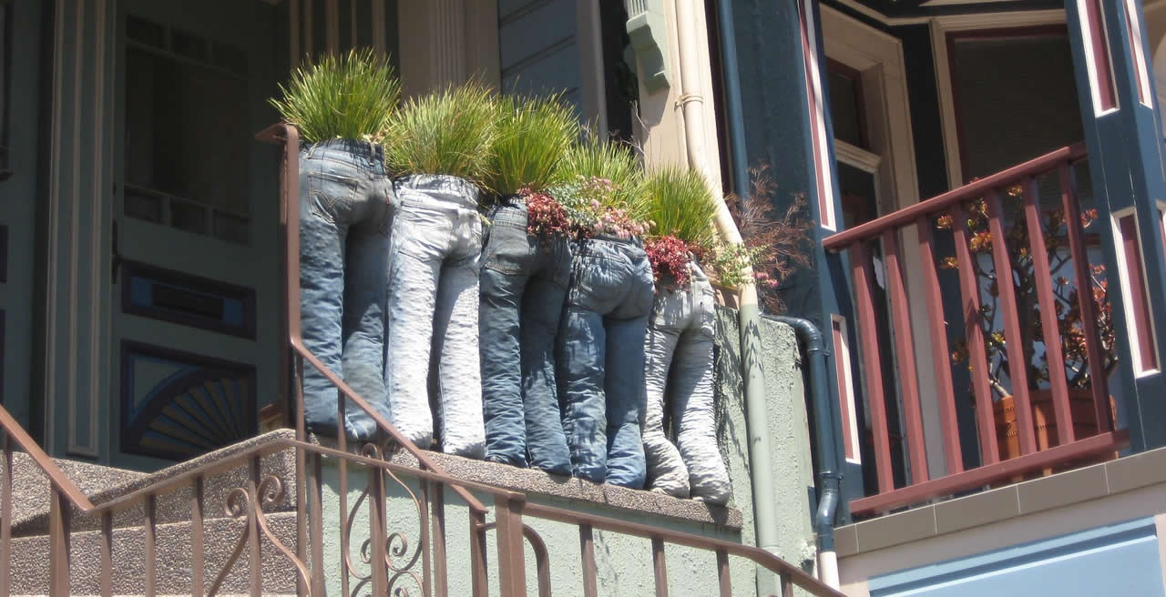 Recycle… and impress the neighbours at the same time!
