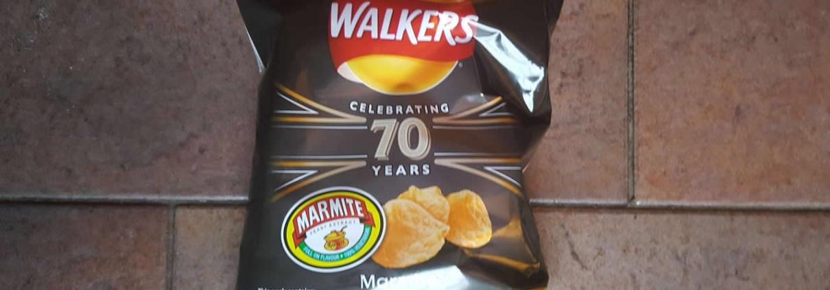 Non-recyclabl Walkers Crisp Packets