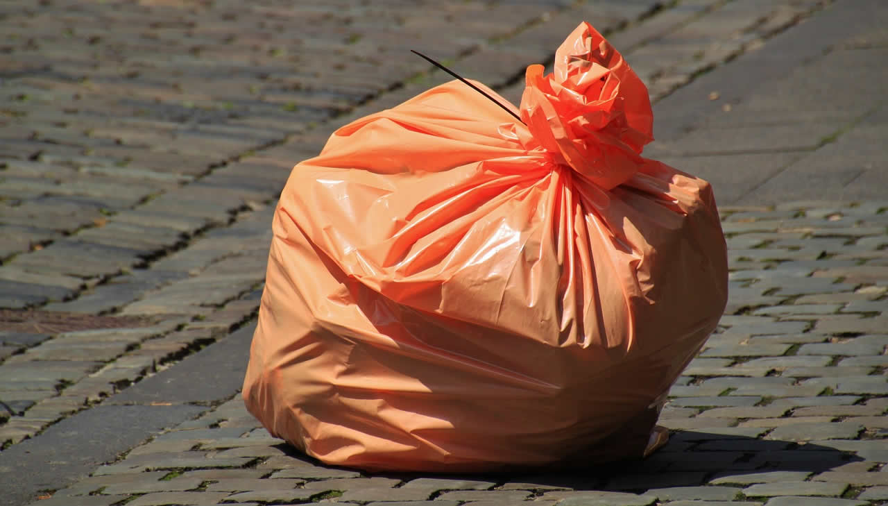 UK standard rubbish collections